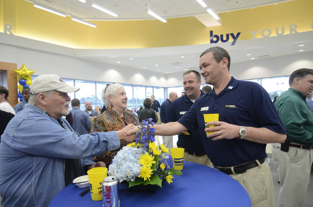 VIDEO CarMax CEO touts \u0027next-generation\u0027 Chattanooga store Times