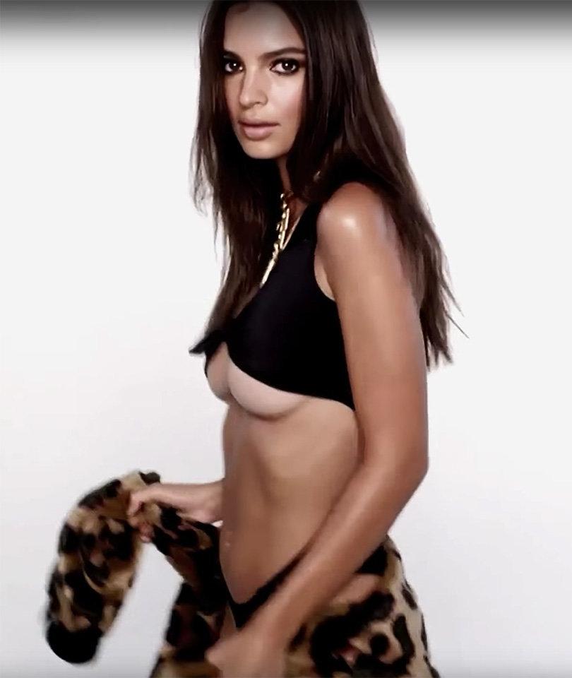 Chicago Bears Hd Wallpaper Photo Collection Hot Model Emily Ratajkowski
