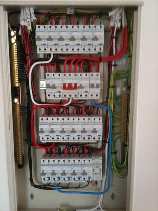 How To Install Electrical Switchboard - Somurich