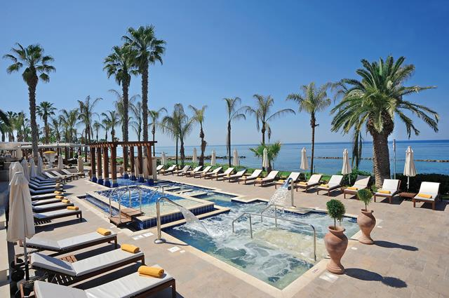 Jetair Prive Zwembad Alexander The Great Beach (hotel) - Paphos - Cyprus - Arke