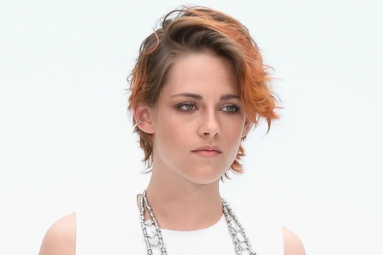 Kristen Stewart on Why She Won\u0027t Smile for Photos, Even if She