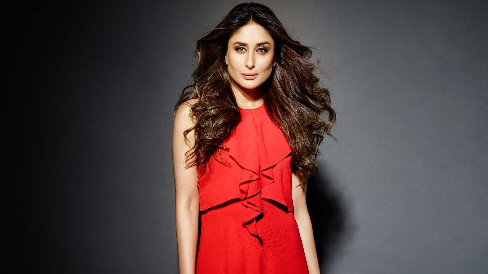 Simple Girl Wallpaper Pakistani Kareena Kapoor Khan Will Make You Fall In Love With Anita