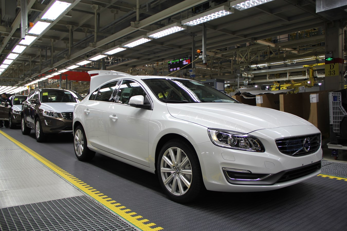 Manufacturer Factory Safety New Volvo Cars Manufacturing Plant In Chengdu Delivering