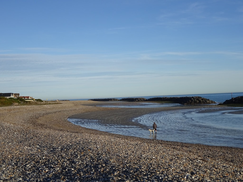 Beach Front House With Terrific Sea Views Dogs Are Always Welcome Here Middleton On Sea
