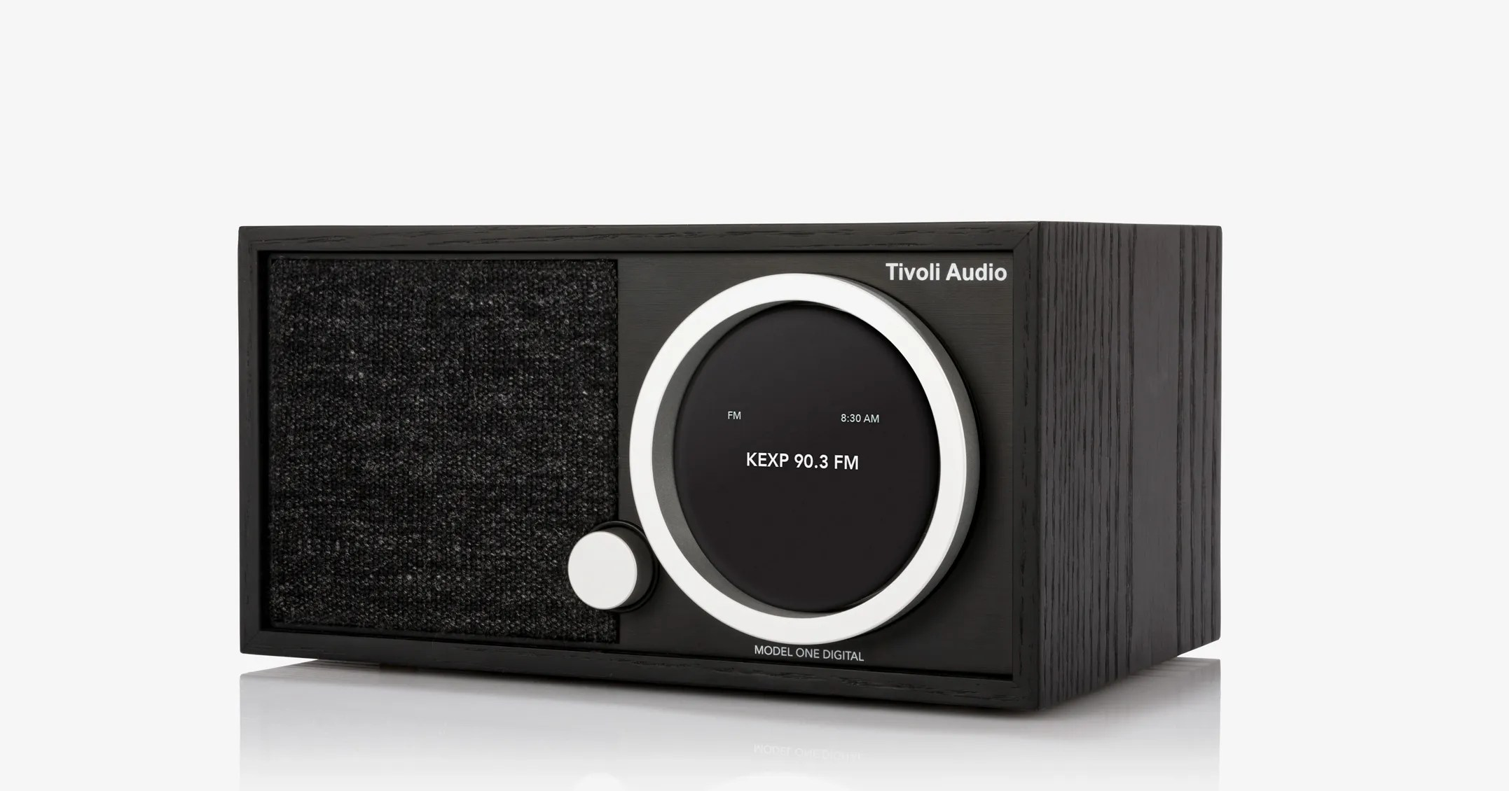 Tivoli Radio Sale Tivoli Model One Digital Review The Classic Table Top Radio Gets Updated For The Streaming Age