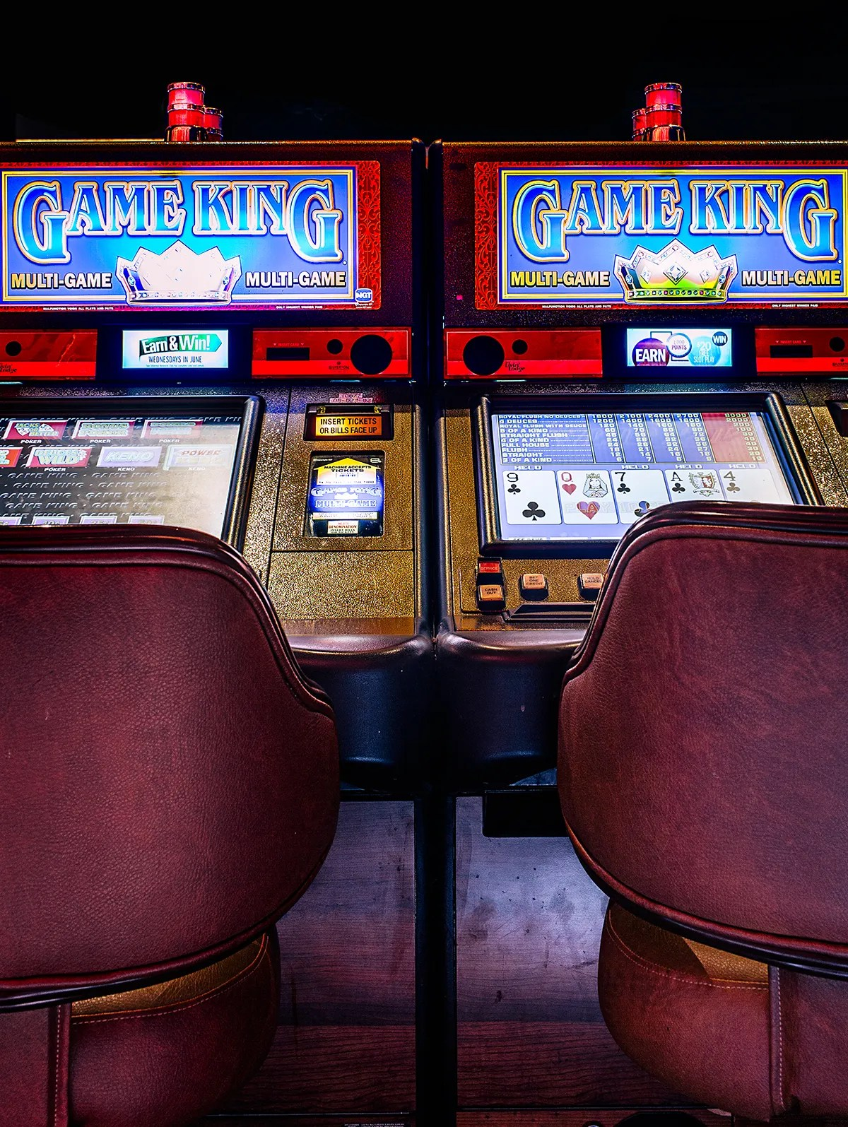 Good Guys Small Tv Finding A Video Poker Bug Made These Guys Rich Then Vegas Made