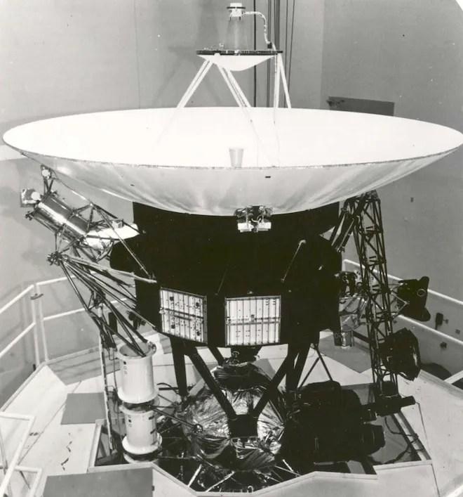 Interstellar 8-Track How Voyager\u0027s Vintage Tech Keeps Running WIRED