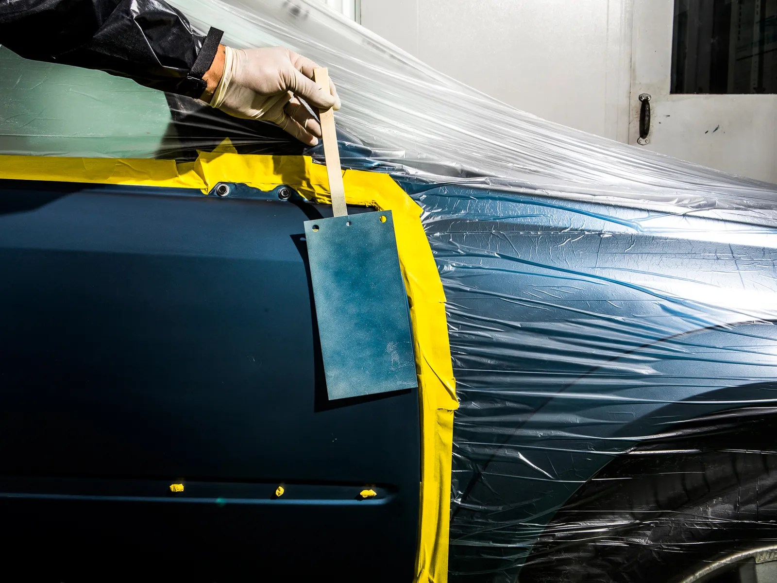 Vehicle Paint Manufacturers Inside The 23 Dimensional World Of Your Car S Paint Job Wired