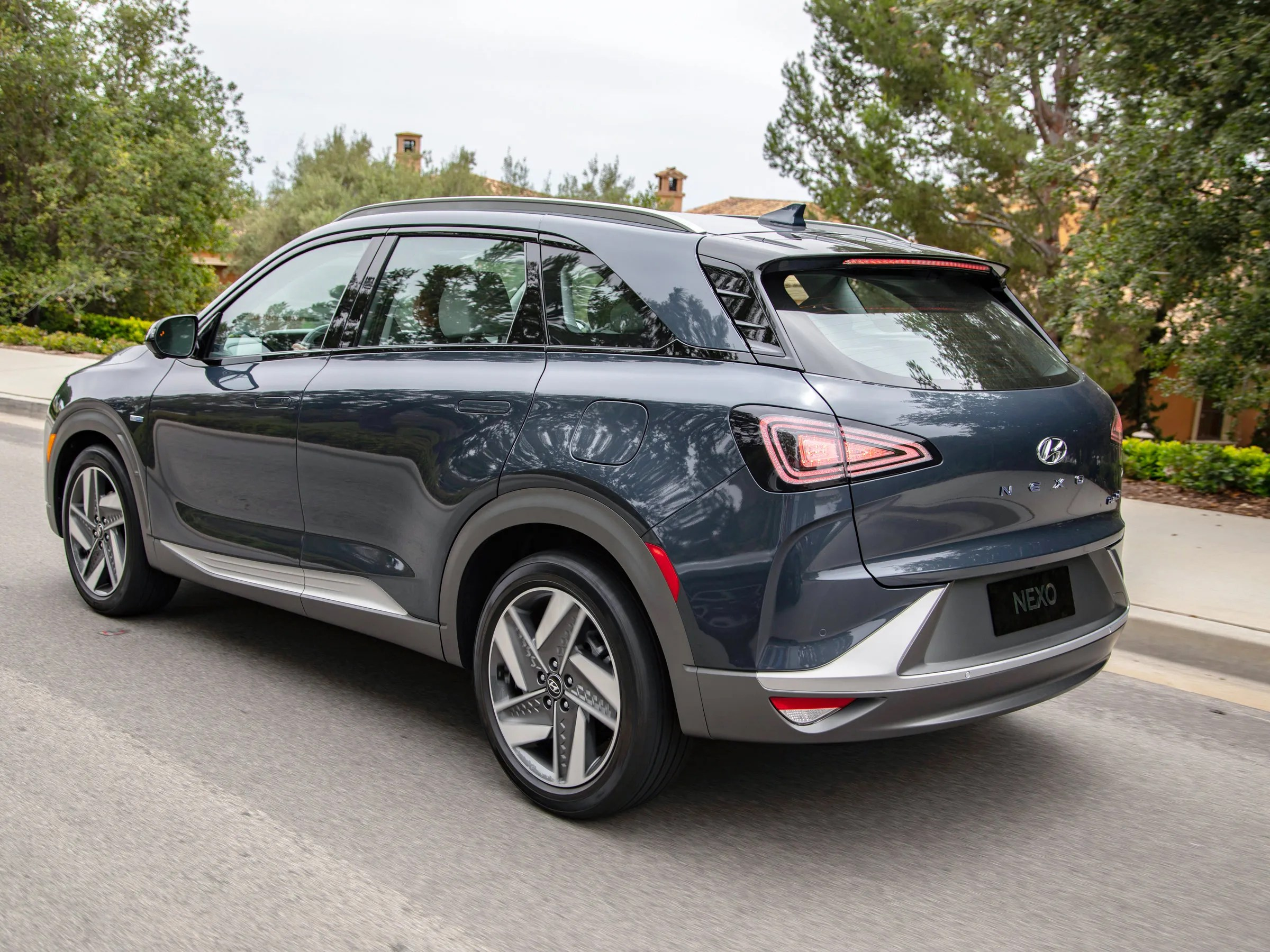 Camino Gas Natural Hyundai Nexo Review The Hydrogen Fuel Cell Powered Electric Suv