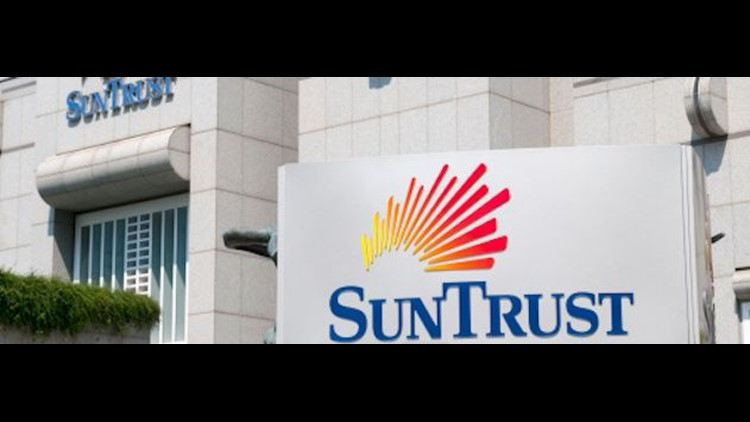 SunTrust said employee worked with outside criminal when info on 15