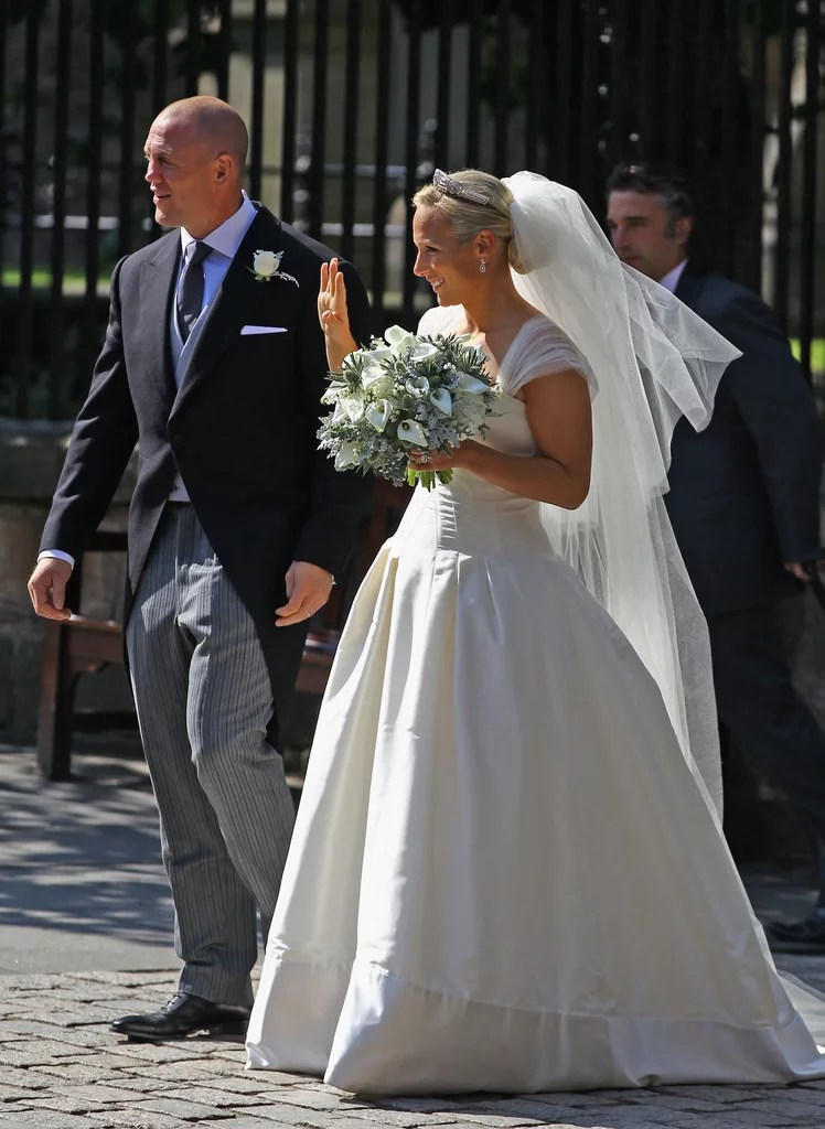 Royale Hochzeiten Zara Phillips And Mike Tindall Wedding Pictures | Popsugar