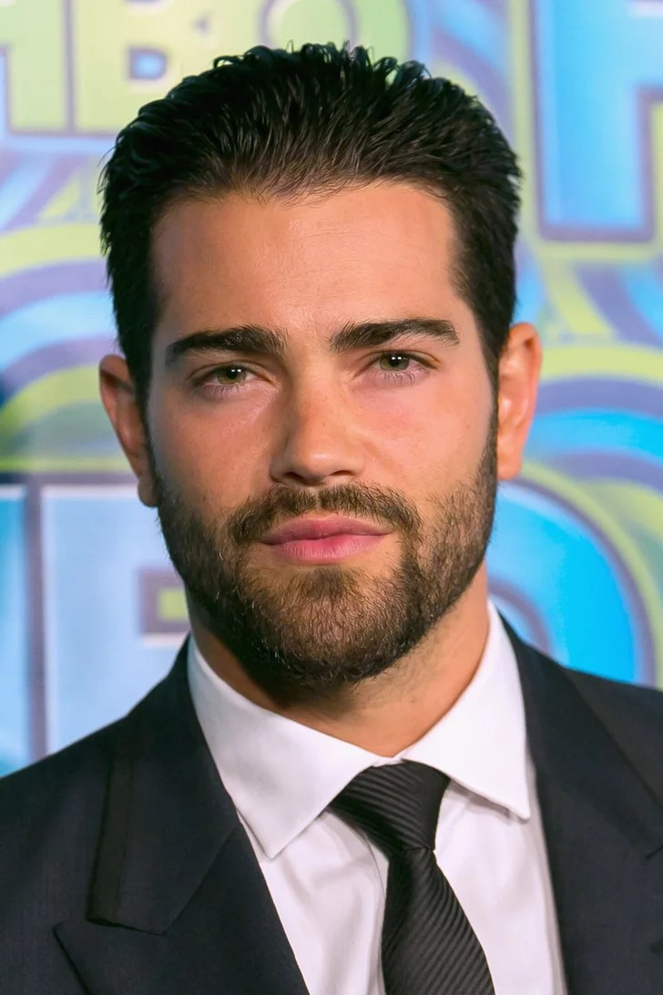 Kylie Jenner Blunt Bob Jesse Metcalfe The Sexy Boy Next Door Beard Celebrity