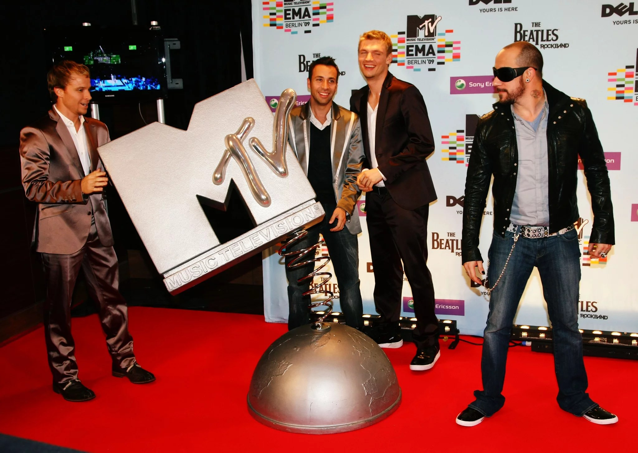 Carpet U2 Full List Of All The Winners From The 2009 Mtv Europe Music Awards