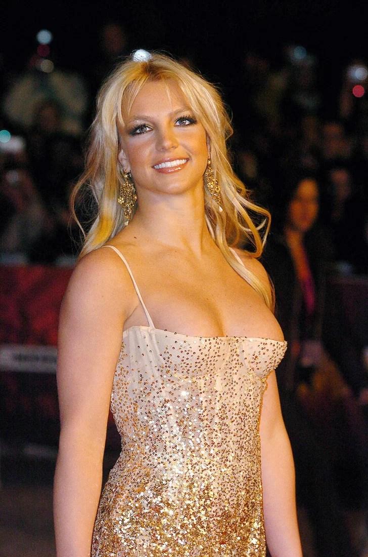 Girl Tshirts Hd Wallpaper Britney Spears And Jason Alexander 55 Hours Shortest
