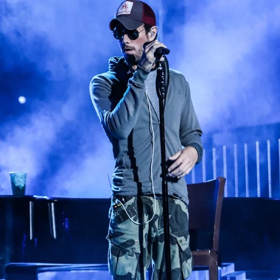 "Ikea Merriam Hours Enrique Iglesias And Wisin ""duele El Corazon"" 