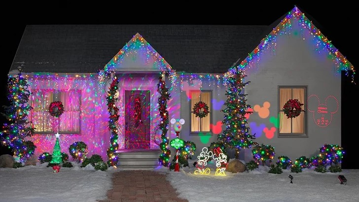 Decoration De Noel Exterieur Video Disney Christmas Lights | Popsugar Home
