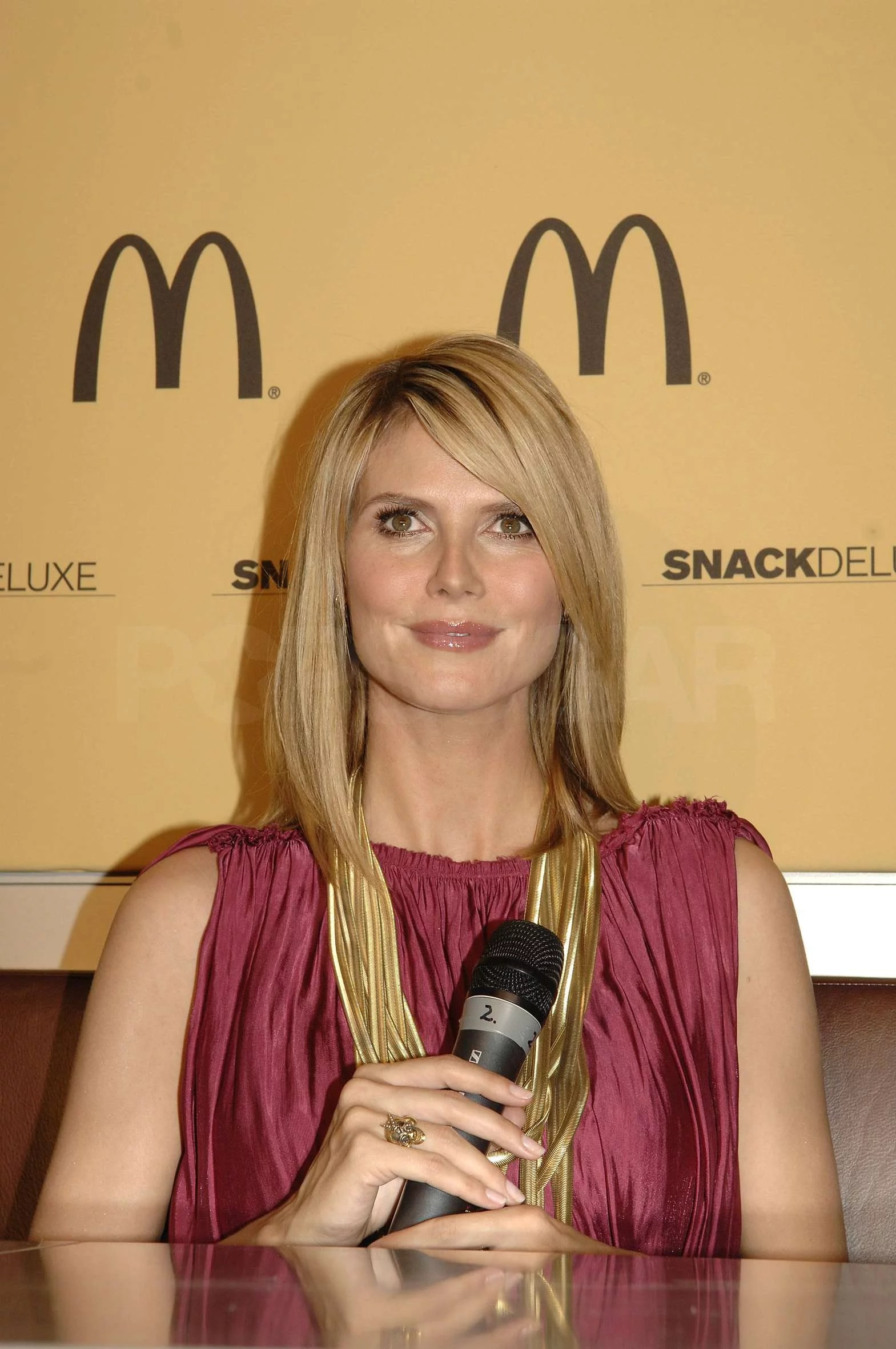 Baby Model München Photos Of Pregnant Heidi Klum At A Mcdonalds Event In