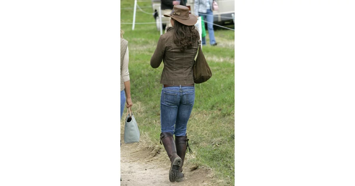 Kate Middleton39s 10 Year Old Penelope Chilvers Boots