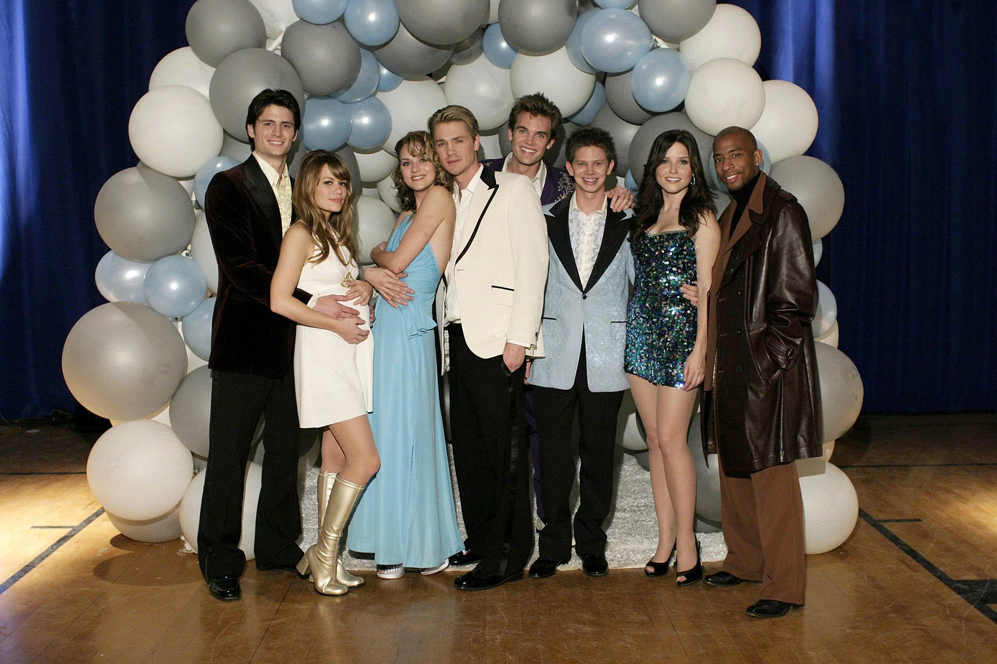 Ancienne Collection Saint James One Tree Hill Stars Respond To Mark Schwahn Allegations