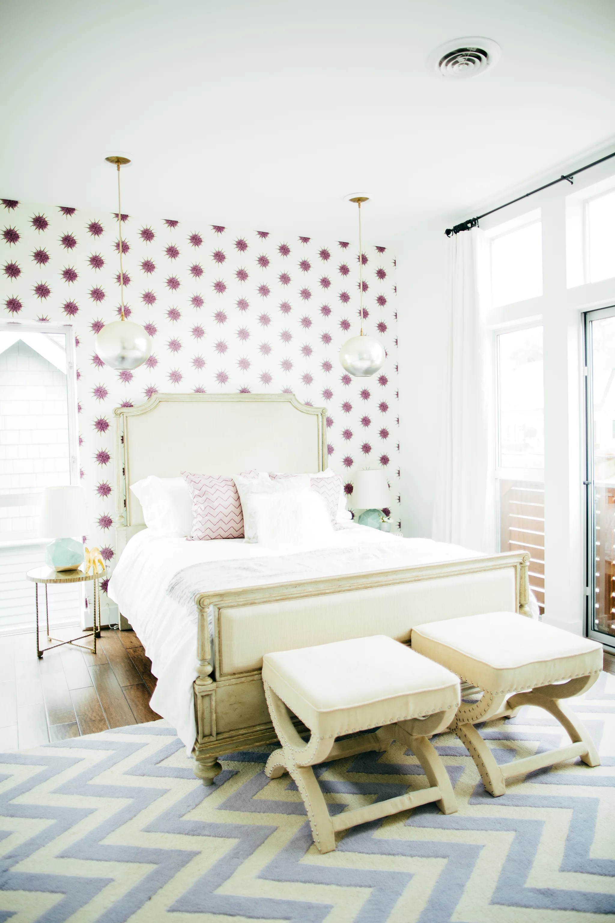 Wallpaper Accent Wall Bedroom Wallpaper An Accent Wall Ingenious Designer Decorating