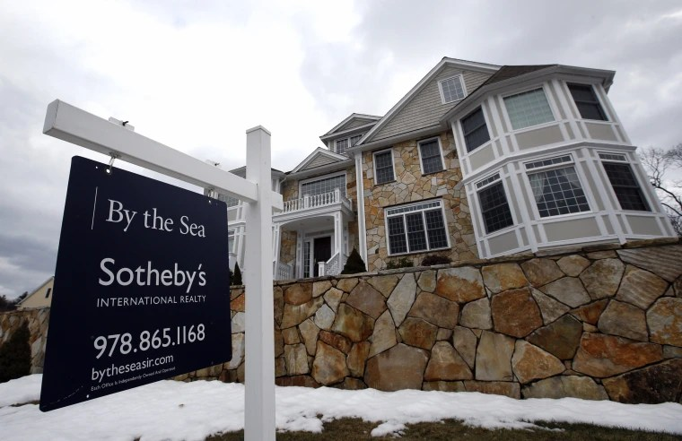 Home Sales Contracts Rise for 1st Time in Nine Months