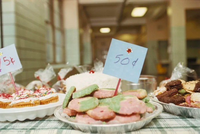 Why Jamie Oliver thinks school bake sales are a bad idea - TODAY - bake sale images