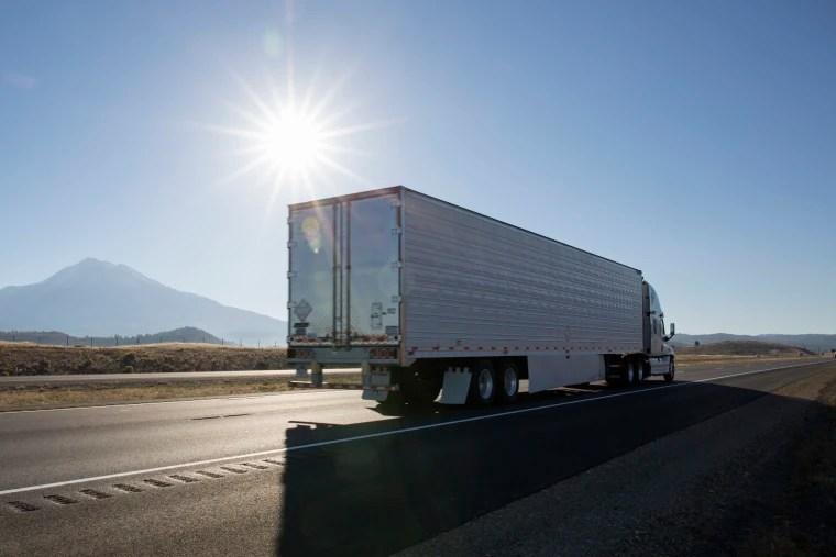 Why millennials should start considering truck driving