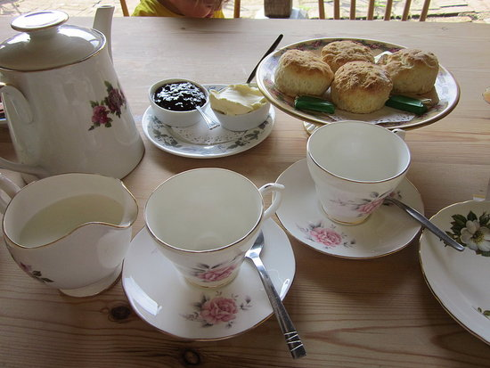Cream tea in Chiddingstone Castle