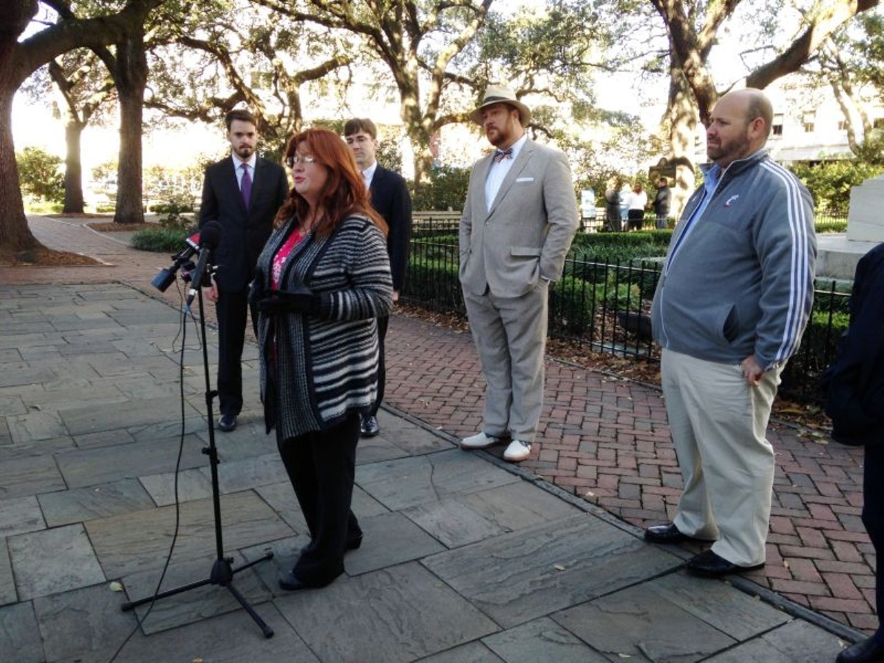 Walking Tours Of Savannah History Without A License City Notebook Savannah News Events