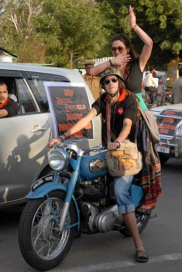 Wallpapers For 11 Year Old Girls Royal Enfield Rally In Ajmer Photo7 India Today