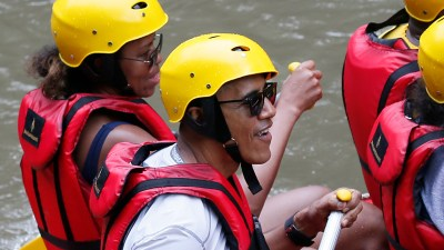 Obama family goes rafting on vacation in Bali - TODAY.com