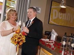 Howling Dennys Wedding Today Inline 1 180205 A16a4f6b9008b4fd88efb0b1db69df55 Dennys Las Vegas Nv Dennys Las Vegas S