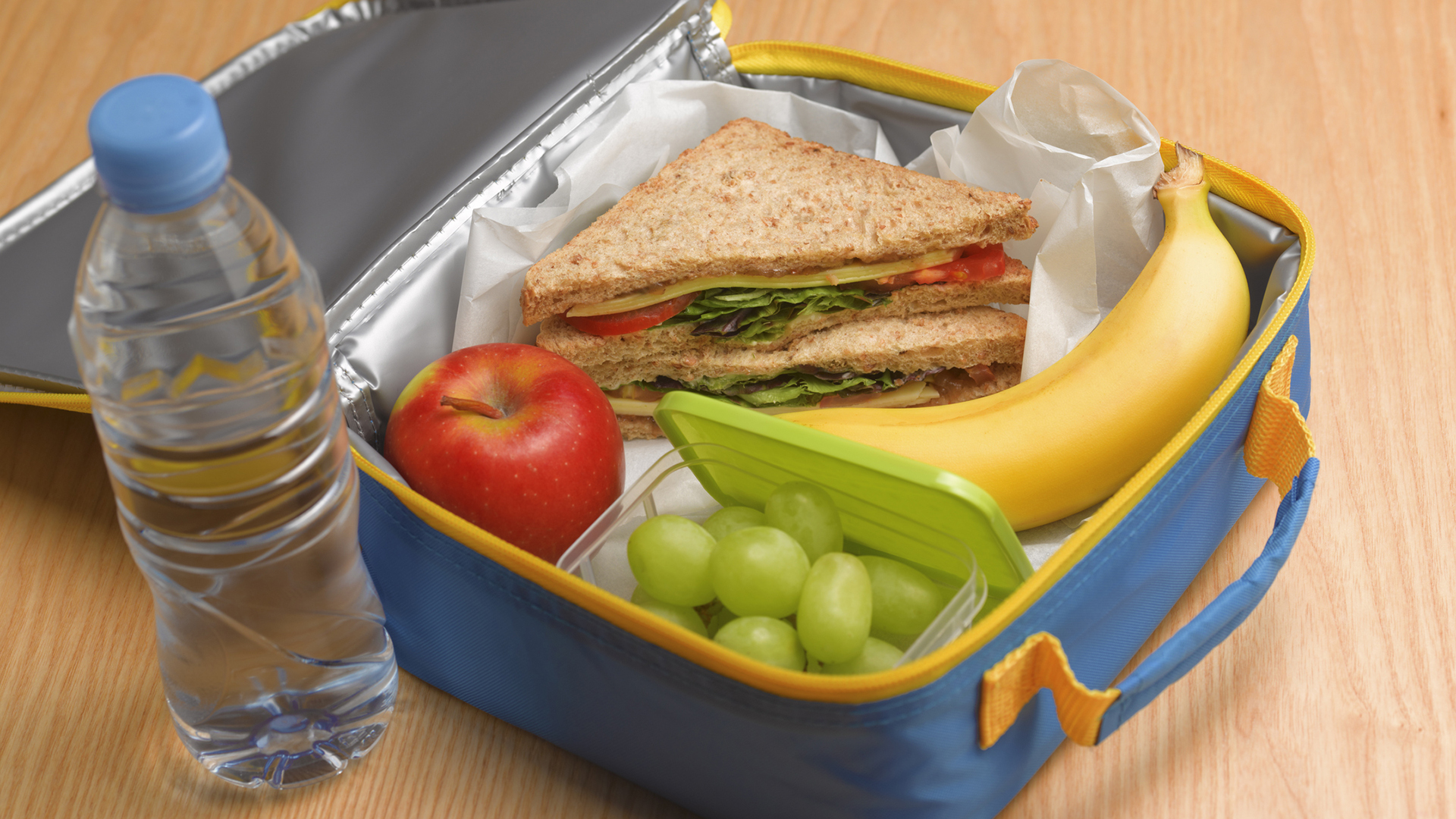 Lunch In A Box How To Clean Lunch Boxes Thermoses And Coffee Mugs