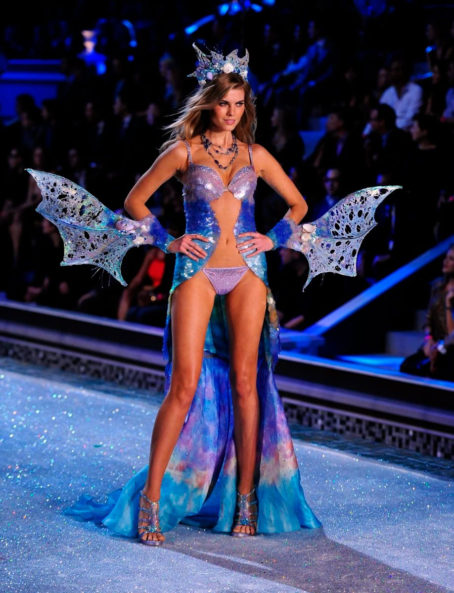 Image victoria s secret fashion show 2011