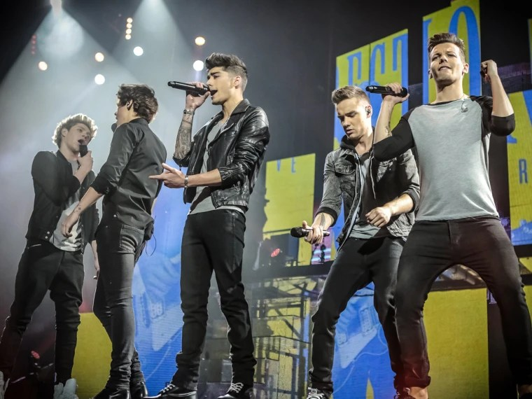 39one Direction39 Sings With 17 Million Box Office 39butler