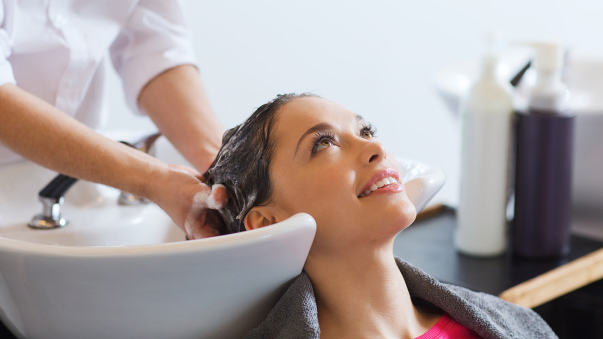 Salon Hair Hair Salon Etiquette How Much Should You Tip Your Hairstylist