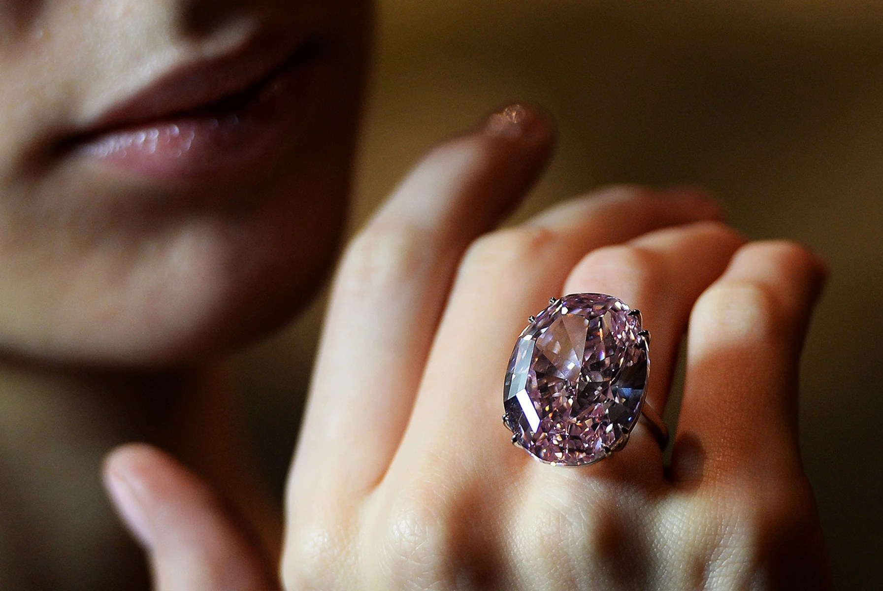 pink star diamond sells world record 83 million auction giant wedding ring Image Pink star diamond offered at auction