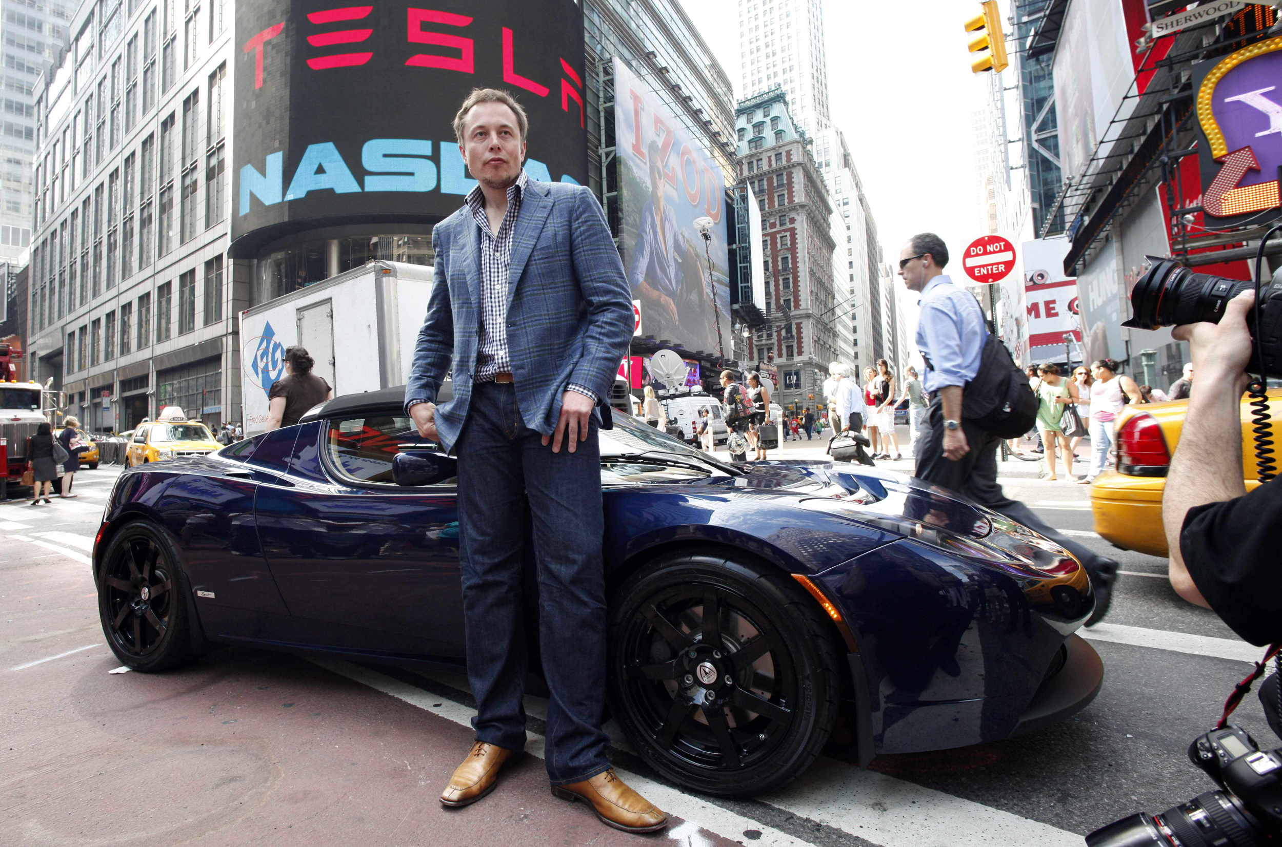 Musk Tesla The Did Elon Musk Dodge A Bullet It All Depends On What He Does Next