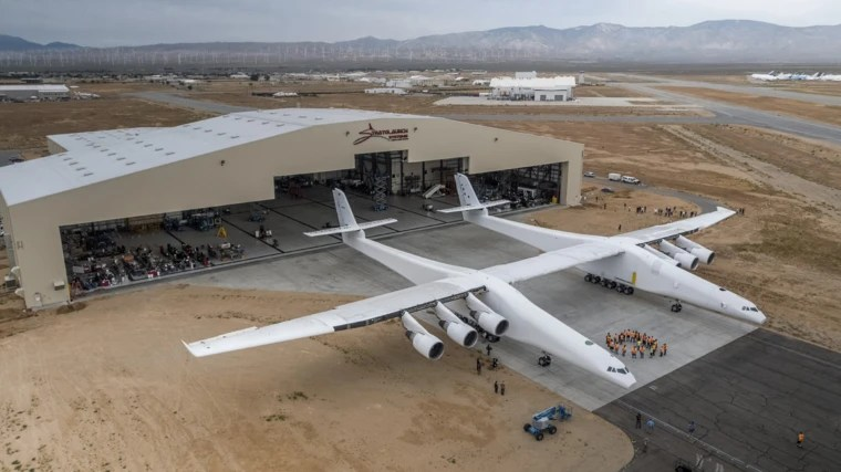 World\u0027s biggest plane, Stratolaunch, marks another key milestone - how would you weigh a plane without scales
