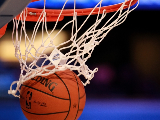 Former NBA player teaching youth to excel above and beyond the rim