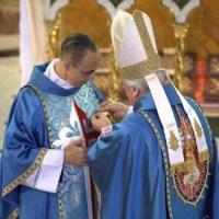 Fundador dos Arautos do Evangelho é condecorado pelo Papa Bento XVI