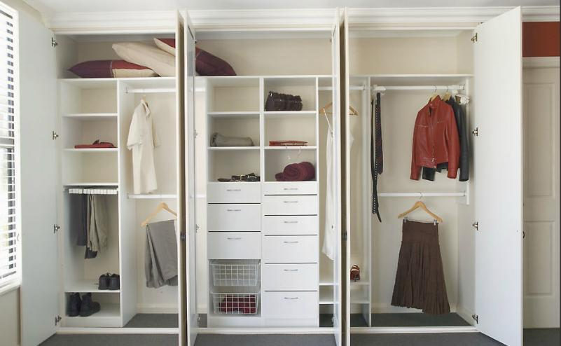 Lemari Baju Sliding Minimalis Distinctive Storage Closets & Attics - Distinctive