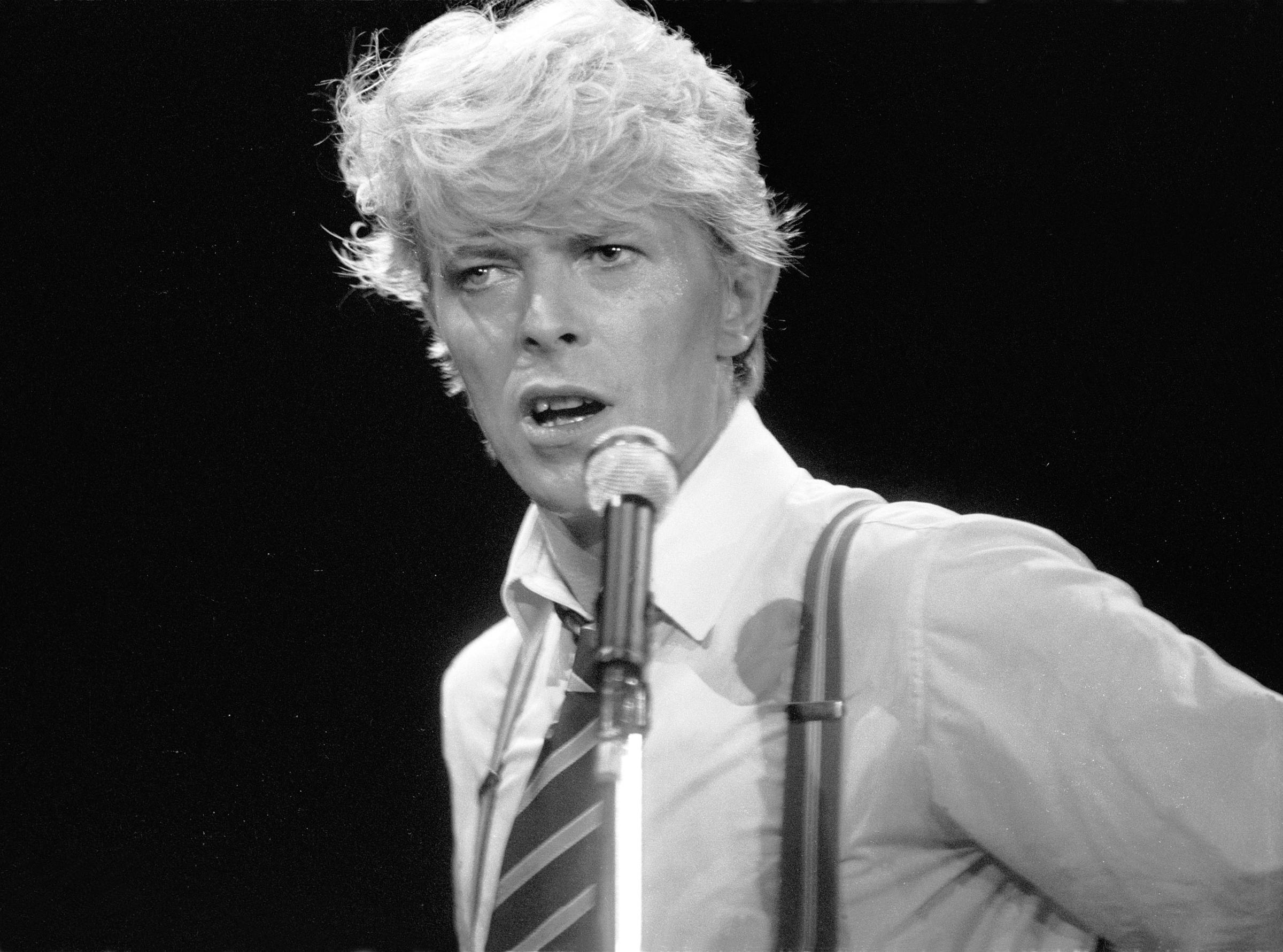 Genesis Car Wallpaper Rock Icon David Bowie Dies At 69 Kuow News And Information