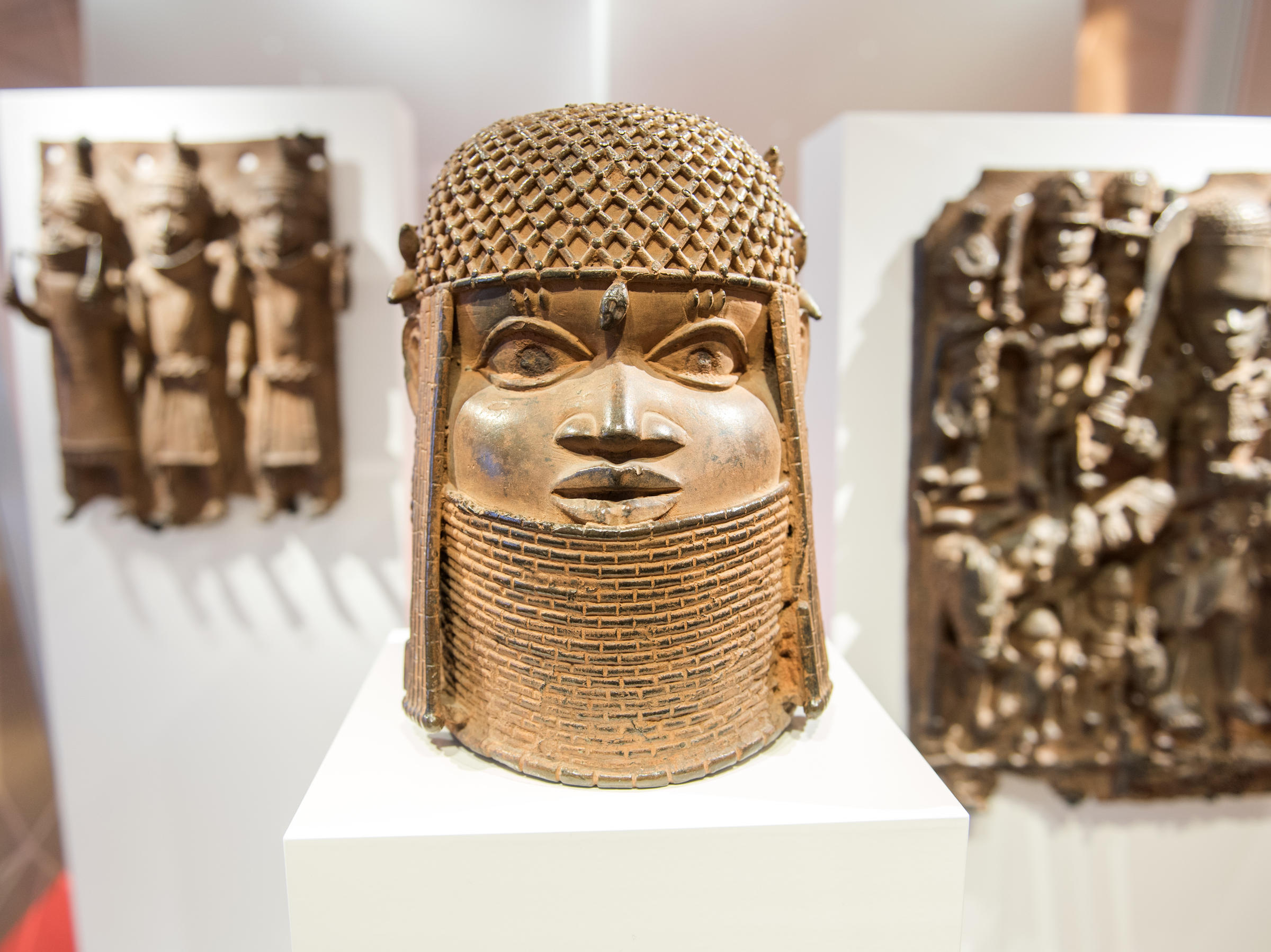 Museum Für Kunst Und Gewerbe Germany Will Repatriate Benin Bronzes, Plundered From Africa In The 19th Century | Bpr