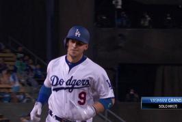 Grandal jonronea en paliza de Dodgers