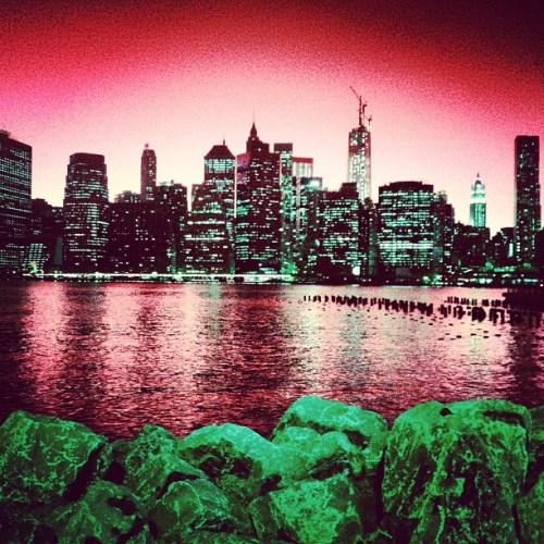 NYC Skyline Red fab5b6dcc14d11e2b05122000a1f92cb_7