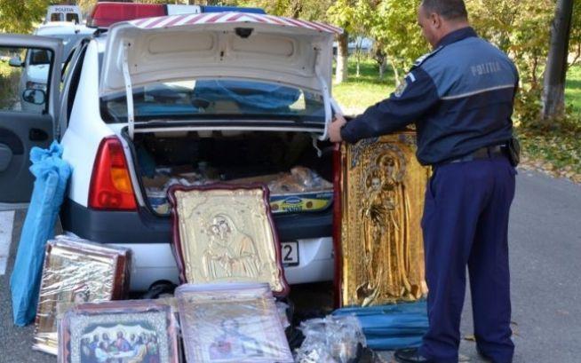 icoane confiscate in hunedoara (sursa ipj hunedoara)