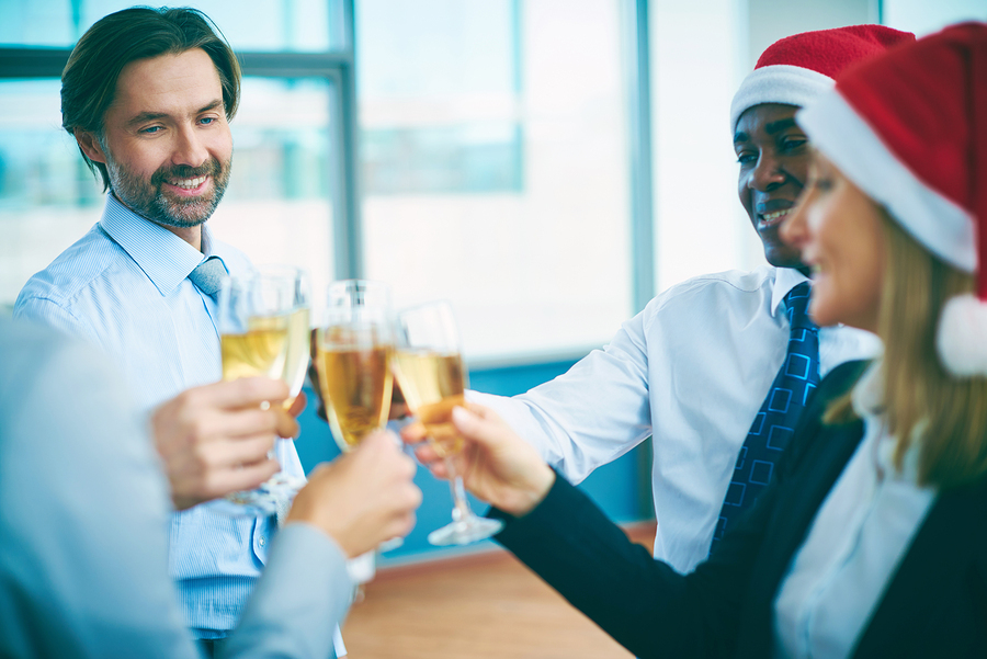 Why Corporate Gift Giving is Good Business All Year