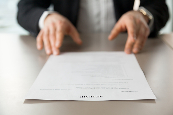 Pros and Cons of the One-Page Resume YourJobsOnline