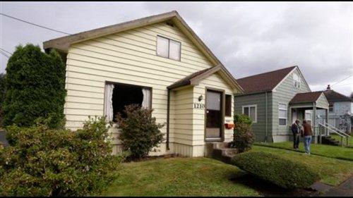 Medium Of Kurt Cobain House